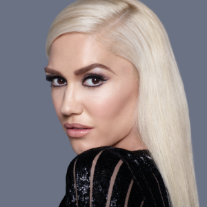 GWEN IS WEARING REVLON MEGA MULTIPLIER™ IN BLACKEST BLACK AND IS STYLED USING LASH INSERTS